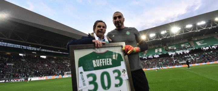 Stéphane Ruffier impérial pour son record!