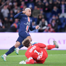 Résultats L1: le PSG et le FC Nantes devants, l'ASSE et le LOSC piétinent (mi-temps)
