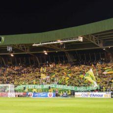 Ligue 1 – Coronavirus : la LFP maintient les matchs, la FFF modifie le protocole