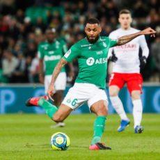 Yann M'Vila touché lors de l'amical face à Charleroi