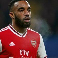 Mercato – Arsenal : Une offre de 33 M€ pour Lacazette ?