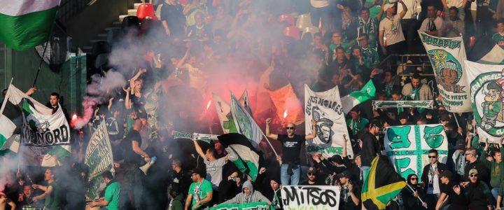 Le retour festif des joueurs après leur victoire à Marseille
