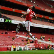 Aubameyang prolonge à Arsenal et devient le joueur le mieux payé de l'histoire du club