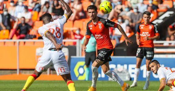 Mercato – ASSE : Un club de Ligue 1 répond à Puel pour cet attaquant !